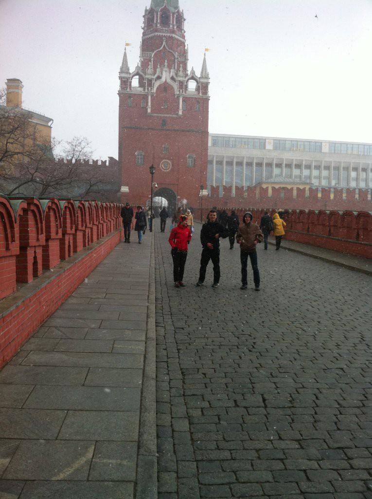 На входе через Троицкие ворота