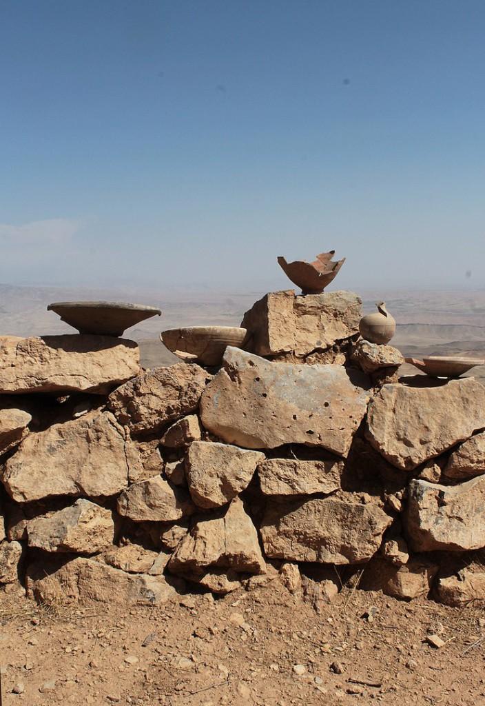 Керамические формы, найденные при раскопках крепости Узундара на вскрытом участке крепостной стены.