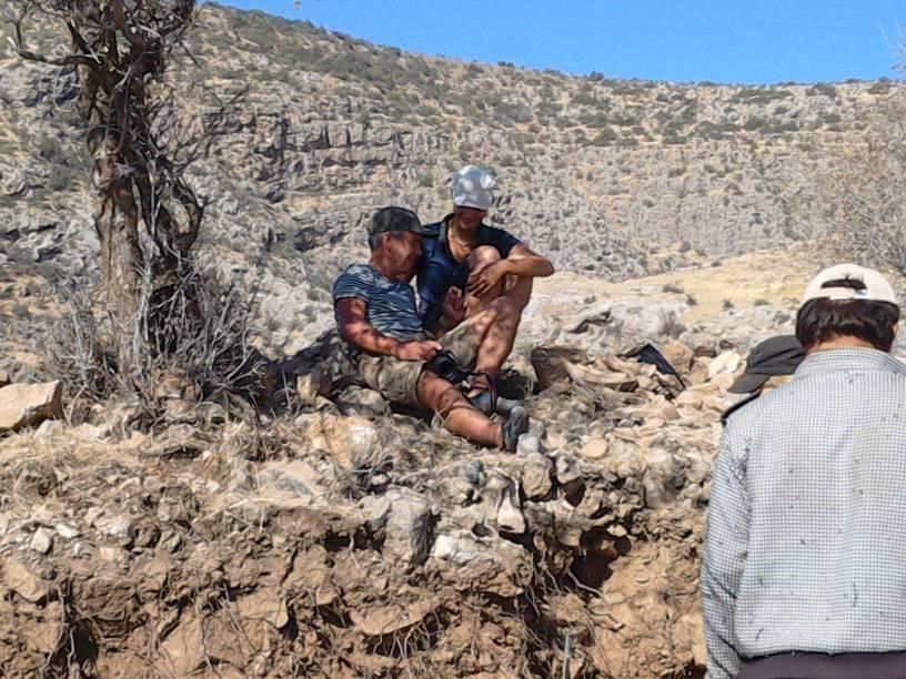 Тася и Артем на гребне развала стены